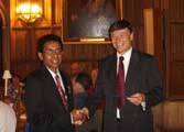 Dr. Bhayankaram receives his award in King's College, Cambridge, 1 September 2005